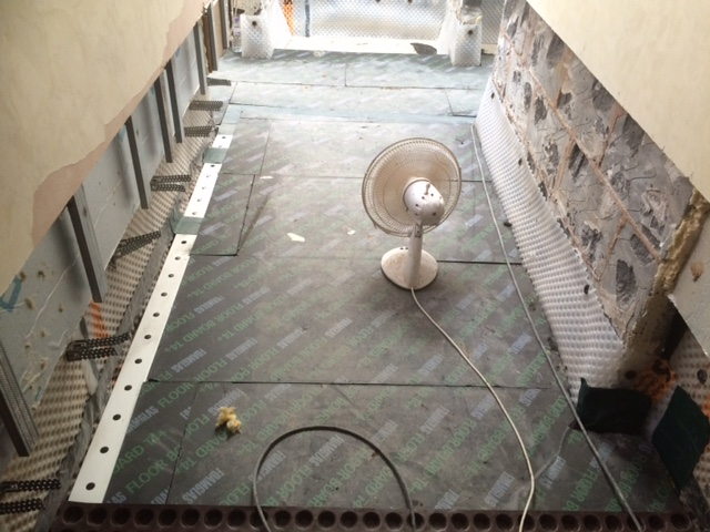 Foamglass insulation and dranage channels
